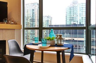 Photo 15: 1206 1239 W GEORGIA Street in Vancouver: Coal Harbour Condo for sale (Vancouver West)  : MLS®# R2505275