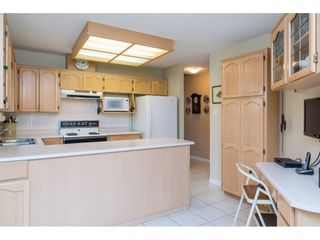 """Photo 10: 72 21138 88 Avenue in Langley: Walnut Grove Townhouse for sale in """"Spencer Green"""" : MLS®# R2122624"""