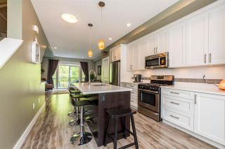 """Photo 7: 54 3039 156 Street in Surrey: Grandview Surrey Townhouse for sale in """"Niche"""" (South Surrey White Rock)  : MLS®# R2379107"""