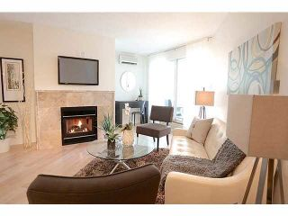 """Photo 1: 3211 33 CHESTERFIELD Place in North Vancouver: Lower Lonsdale Condo for sale in """"HARBOURVIEW PARK"""" : MLS®# V1109655"""