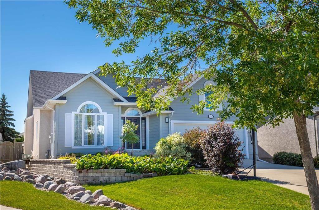 Main Photo: 111 Winterhaven Drive in Winnipeg: Residential for sale (2F)  : MLS®# 202020913