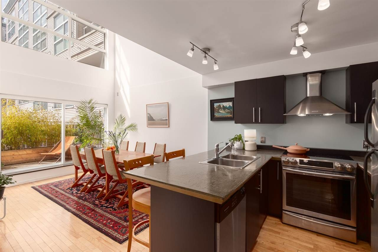 Main Photo: 105 418 E BROADWAY in Vancouver: Mount Pleasant VE Condo for sale (Vancouver East)  : MLS®# R2551158