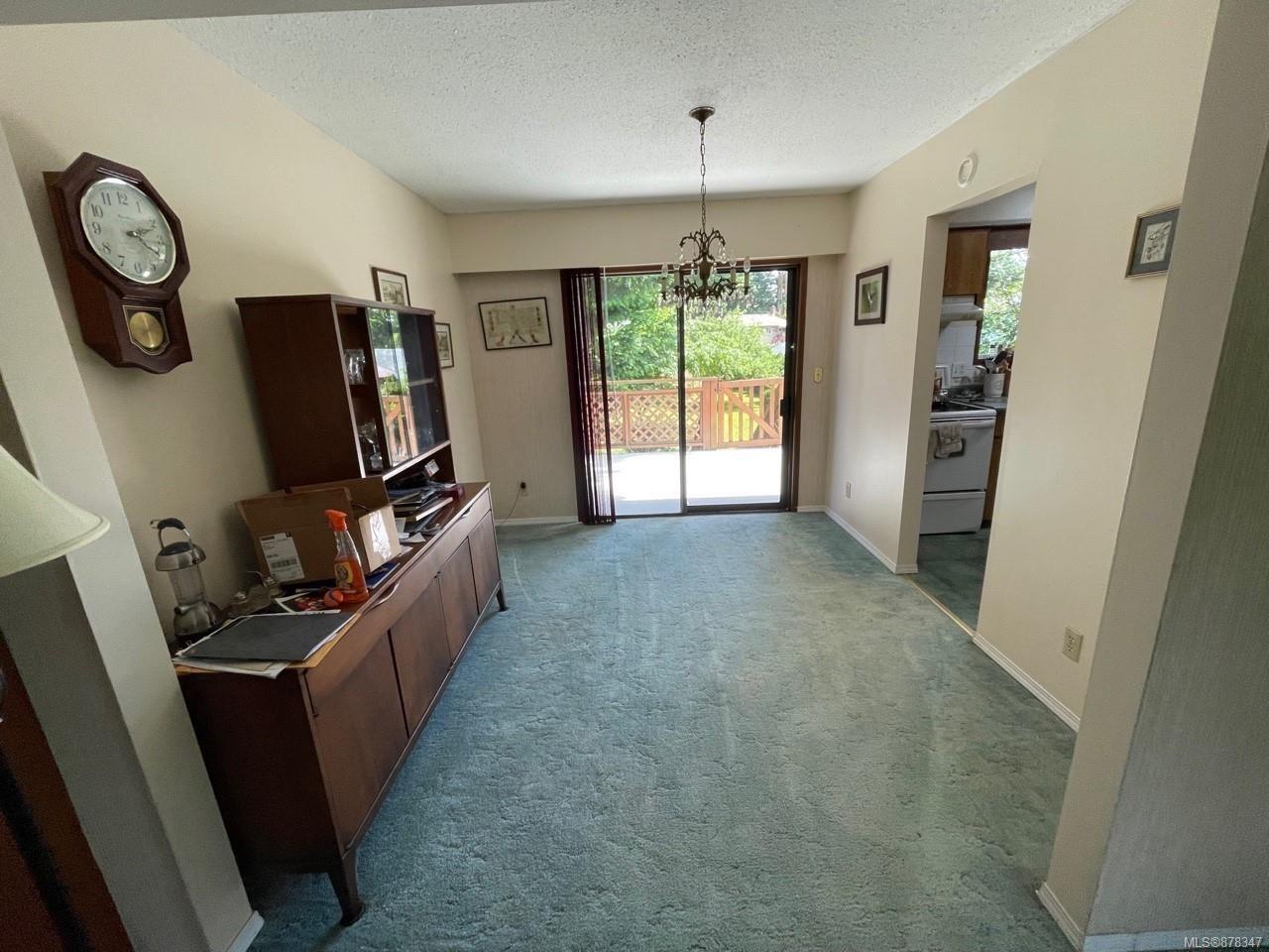 Photo 3: Photos: 334 Texada Pl in : CV Comox (Town of) House for sale (Comox Valley)  : MLS®# 878347