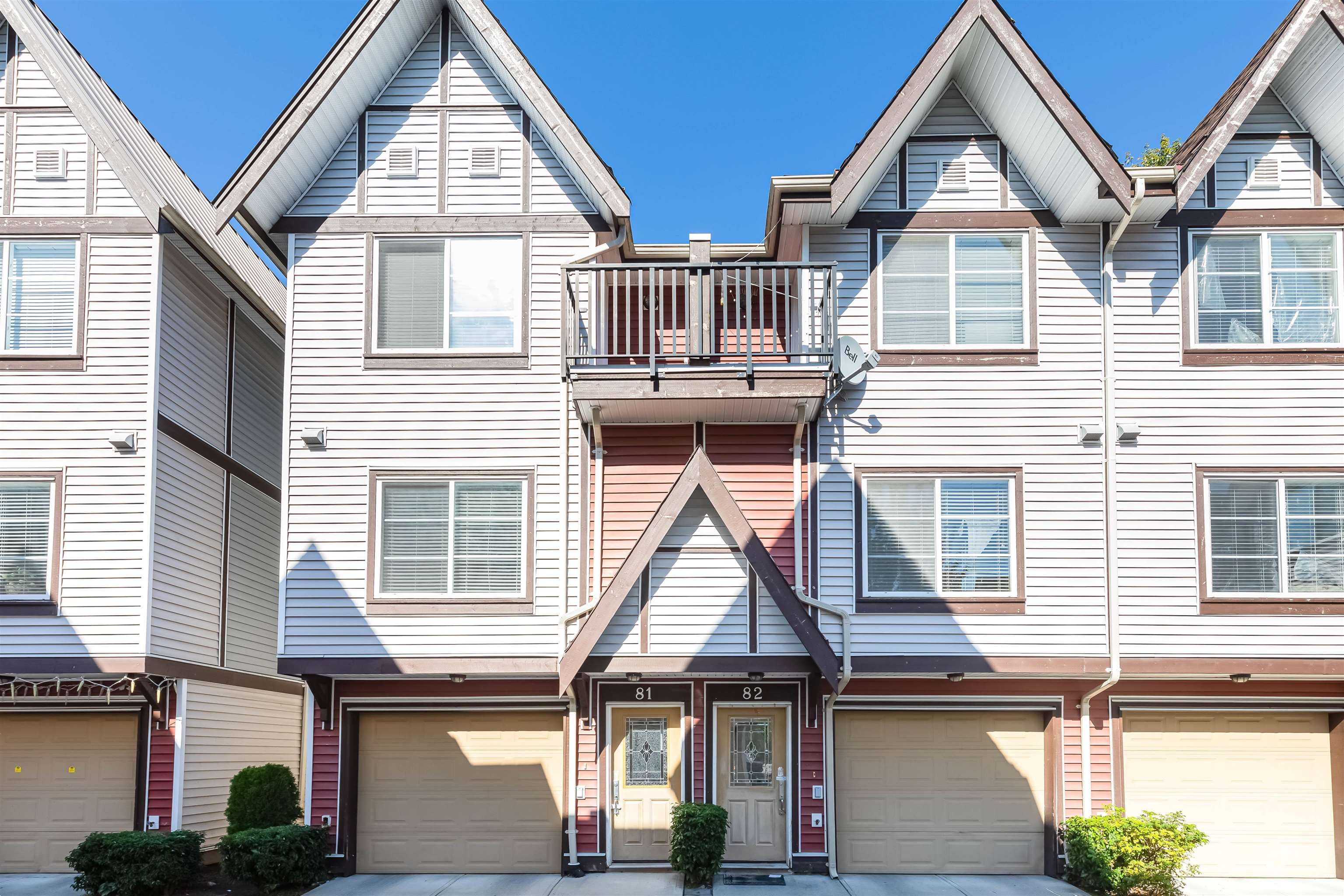 Main Photo: 82 9405 121 Street in Surrey: Queen Mary Park Surrey Townhouse for sale : MLS®# R2621339