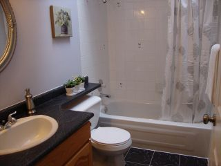 """Photo 12: 19036 64TH Avenue in Surrey: Cloverdale BC House for sale in """"CLAYTON HILL"""" (Cloverdale)  : MLS®# F1409309"""