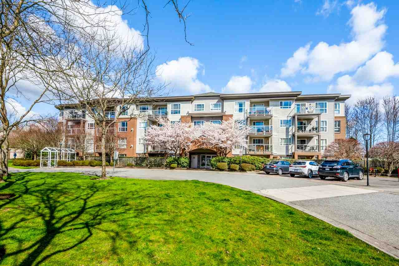 "Main Photo: 408 15885 84 Avenue in Surrey: Fleetwood Tynehead Condo for sale in ""Abbey Road"" : MLS®# R2563544"