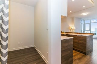 """Photo 6: 2902 4688 KINGSWAY in Burnaby: Metrotown Condo for sale in """"Station Square"""" (Burnaby South)  : MLS®# R2235331"""