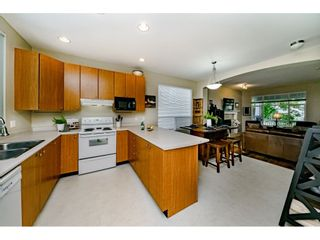"""Photo 8: 10256 243A Street in Maple Ridge: Albion House for sale in """"Country Lane"""" : MLS®# R2394666"""