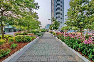 "Photo 12: 3309 13688 100 Avenue in Surrey: Whalley Condo for sale in ""PARK PLACE 1"" (North Surrey)  : MLS®# R2337080"