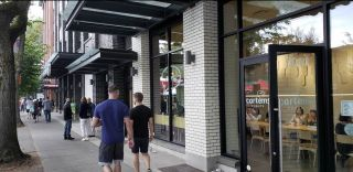 Photo 3: 3040 W BROADWAY in Vancouver: Kitsilano Business for sale (Vancouver West)  : MLS®# C8035539