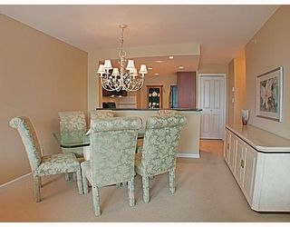 Photo 4: 1606 235 GUILDFORD Way in Port_Moody: North Shore Pt Moody Condo for sale (Port Moody)  : MLS®# V772912