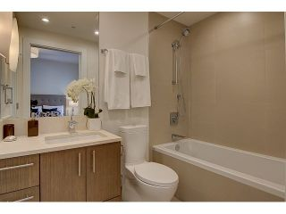 "Photo 9: 300 2432 HAYWOOD Avenue in West Vancouver: Dundarave Condo for sale in ""THE HAYWOOD"" : MLS®# V1110877"
