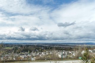 """Photo 17: 2 3299 HARVEST Drive in Abbotsford: Abbotsford East House for sale in """"HIGHLANDS"""" : MLS®# R2149440"""