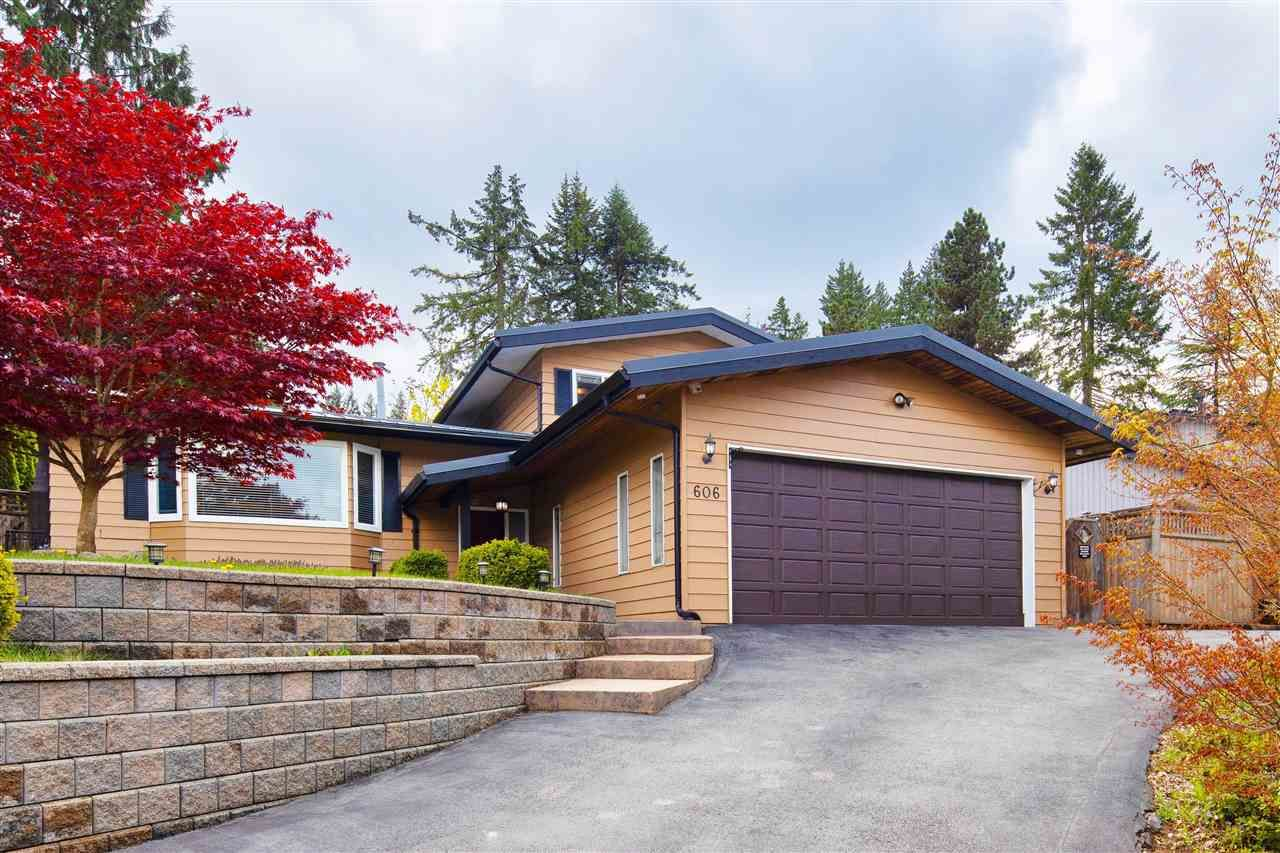 "Main Photo: 606 WATERLOO Drive in Port Moody: College Park PM House for sale in ""COLLEGE PARK"" : MLS®# R2573881"