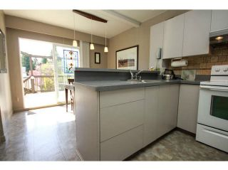 """Photo 9: 1626 W 68TH Avenue in Vancouver: S.W. Marine House for sale in """"SW MARINE - 2 BLKS W OF GRANVILLE"""" (Vancouver West)  : MLS®# V1117677"""