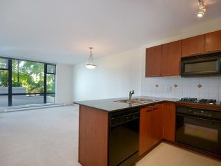 Photo 3: 411 5933 COONEY Road in Richmond: Brighouse Condo for sale : MLS®# V972562