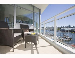 """Photo 6: 503 628 KINGHORNE MEWS BB in Vancouver: False Creek North Condo for sale in """"SILVER SEA"""" (Vancouver West)  : MLS®# V683660"""