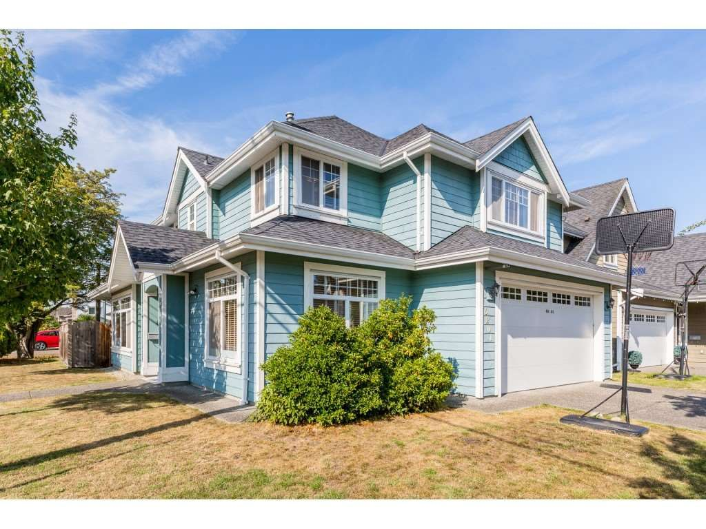 Main Photo: 6201 48A Avenue in Delta: Holly House for sale (Ladner)  : MLS®# R2396607