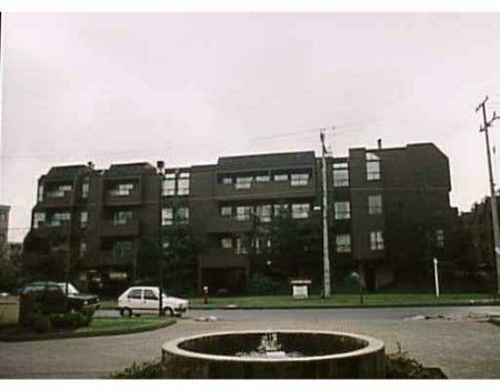 Main Photo: 216 - 8600 Ackroyd Rd: Condo for sale (Town Centre)  : MLS®# V366545