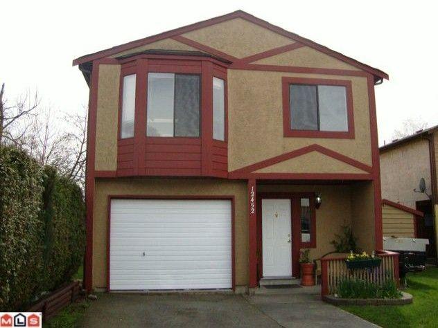 Main Photo: Surrey: House  (Surrey)  : MLS®# F1009210