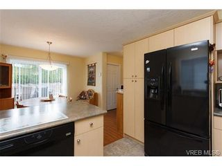 Photo 7: 57 7570 Tetayut Rd in SAANICHTON: CS Hawthorne Manufactured Home for sale (Central Saanich)  : MLS®# 652718