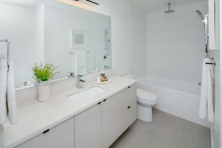 Photo 16: 1533 E 5TH Avenue in Vancouver: Grandview Woodland 1/2 Duplex for sale (Vancouver East)  : MLS®# R2439511