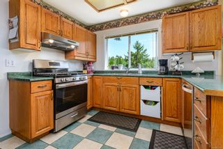 Photo 3: 2554 Falcon Crest Dr in : CV Courtenay West House for sale (Comox Valley)  : MLS®# 876929