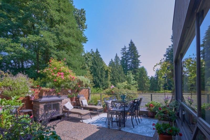 """Main Photo: 104 4900 CARTIER Street in Vancouver: Shaughnessy Condo for sale in """"SHAUGHNESSY PLACE I"""" (Vancouver West)  : MLS®# R2347051"""