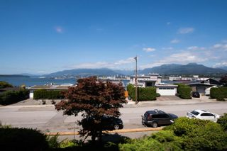 "Photo 2: 217 2366 WALL Street in Vancouver: Hastings Condo for sale in ""Landmark Mariner"" (Vancouver East)  : MLS®# R2604836"