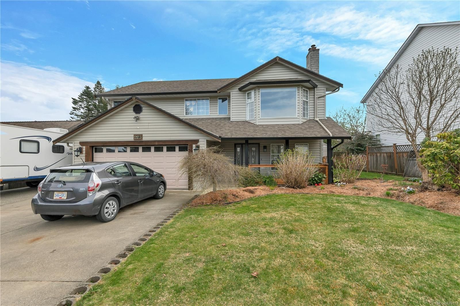 Main Photo: 2123 Bolt Ave in : CV Comox (Town of) House for sale (Comox Valley)  : MLS®# 879177