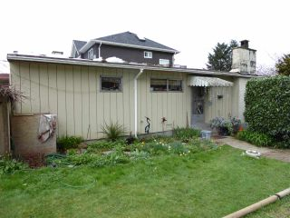 Photo 1: 4325 PENTICTON Street in Vancouver: Collingwood VE House for sale (Vancouver East)  : MLS®# R2049414