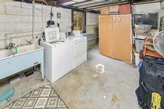 Photo 38: 3026 Carroll St in : Vi Burnside House for sale (Victoria)  : MLS®# 864157