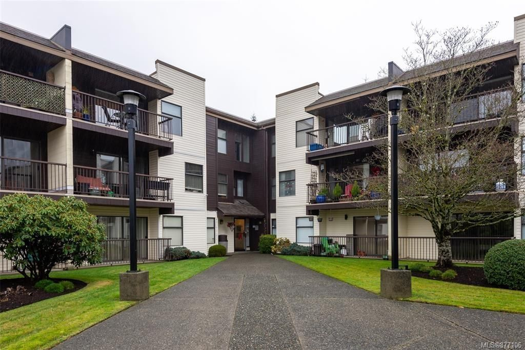 Main Photo: 216 585 S Dogwood St in Campbell River: CR Campbell River Central Condo for sale : MLS®# 877106