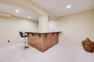 Photo 38: 1232 HOLLANDS Close in Edmonton: Zone 14 House for sale : MLS®# E4262370