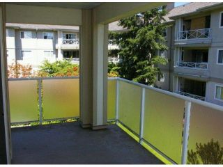 Photo 2: 208 20125 55A Avenue in Langley: Langley City Condo for sale : MLS®# F1314922