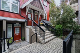 "Photo 1: 2284 ST. GEORGE Street in Vancouver: Mount Pleasant VE Townhouse for sale in ""VANTAGE"" (Vancouver East)  : MLS®# R2313489"