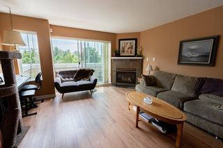 """Photo 2: 9 1383 BRUNETTE Avenue in Coquitlam: Maillardville Townhouse for sale in """"CHATEAU LAVAL"""" : MLS®# R2281568"""