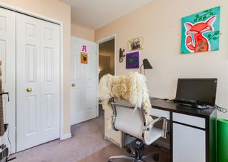 Photo 35: 19 Coachway Green SW in Calgary: Coach Hill Row/Townhouse for sale : MLS®# A1118919