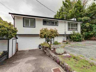 Main Photo: 35193 CASSIAR Avenue in Abbotsford: Abbotsford East House for sale : MLS®# R2592868