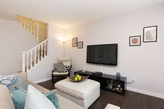 """Photo 6: 118 737 HAMILTON Street in New Westminster: Uptown NW Condo for sale in """"THE COURTYARDS"""" : MLS®# R2209742"""