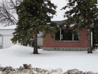 Photo 2: 754 Jefferson Avenue in Winnipeg: Garden City Residential for sale (4G)  : MLS®# 1803746