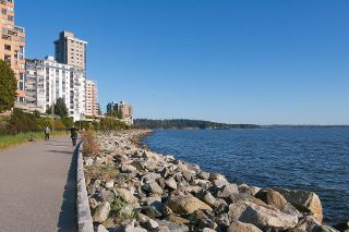 """Photo 34: 505 2135 ARGYLE Avenue in West Vancouver: Dundarave Condo for sale in """"THE CRESCENT"""" : MLS®# R2620347"""