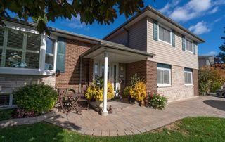 Photo 1: 102 E Clover Ridge Drive in Ajax: South East House (Sidesplit 4) for sale : MLS®# E4952170