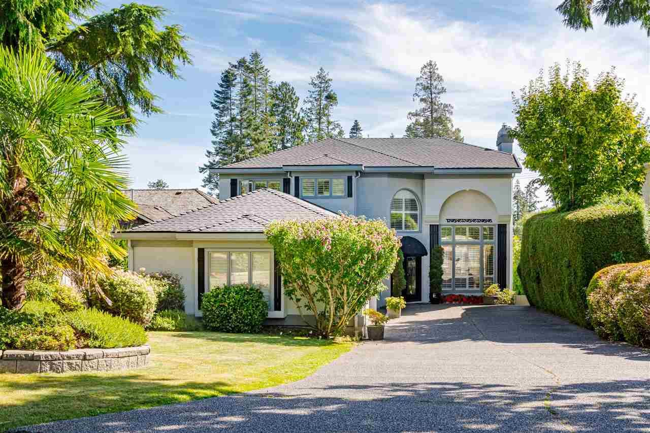 Main Photo: 13419 MARINE Drive in Surrey: Crescent Bch Ocean Pk. House for sale (South Surrey White Rock)  : MLS®# R2492166