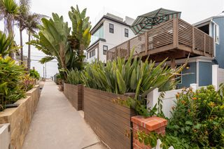 Photo 5: MISSION BEACH House for sale : 2 bedrooms : 724 Windemere Ct in San Diego