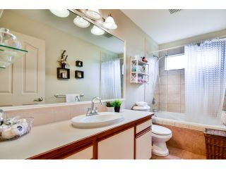 Photo 19: 9060 160A ST in Surrey: Fleetwood Tynehead House for sale : MLS®# F1441114