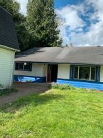 Main Photo: 46585 HOPE RIVER Road in Chilliwack: Fairfield Island House for sale : MLS®# R2575753