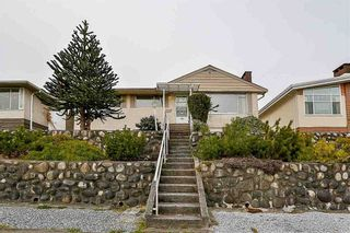 Photo 1: 551 GARFIELD Street in New Westminster: The Heights NW House for sale : MLS®# R2481223