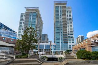 """Photo 1: 3001 908 QUAYSIDE Drive in New Westminster: Quay Condo for sale in """"Riversky 1"""" : MLS®# R2398687"""