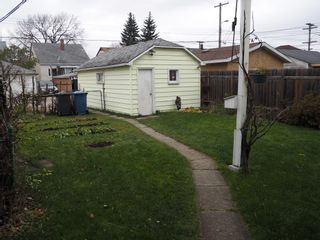 Photo 7: 464 Garlies Street in Winnipeg: North End Single Family Detached for sale (Central Winnipeg)  : MLS®# 1529498